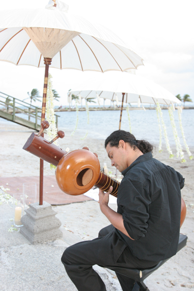 Sitar player at Miami wedding ceremony